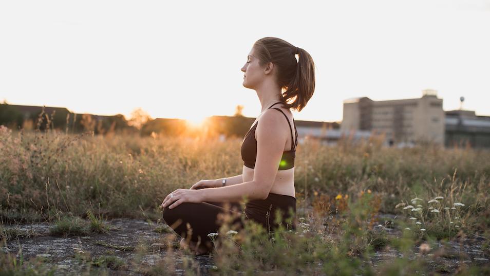 Herzensmensch – Anna beim Meditieren – Fragen und Antworten zu Meditation
