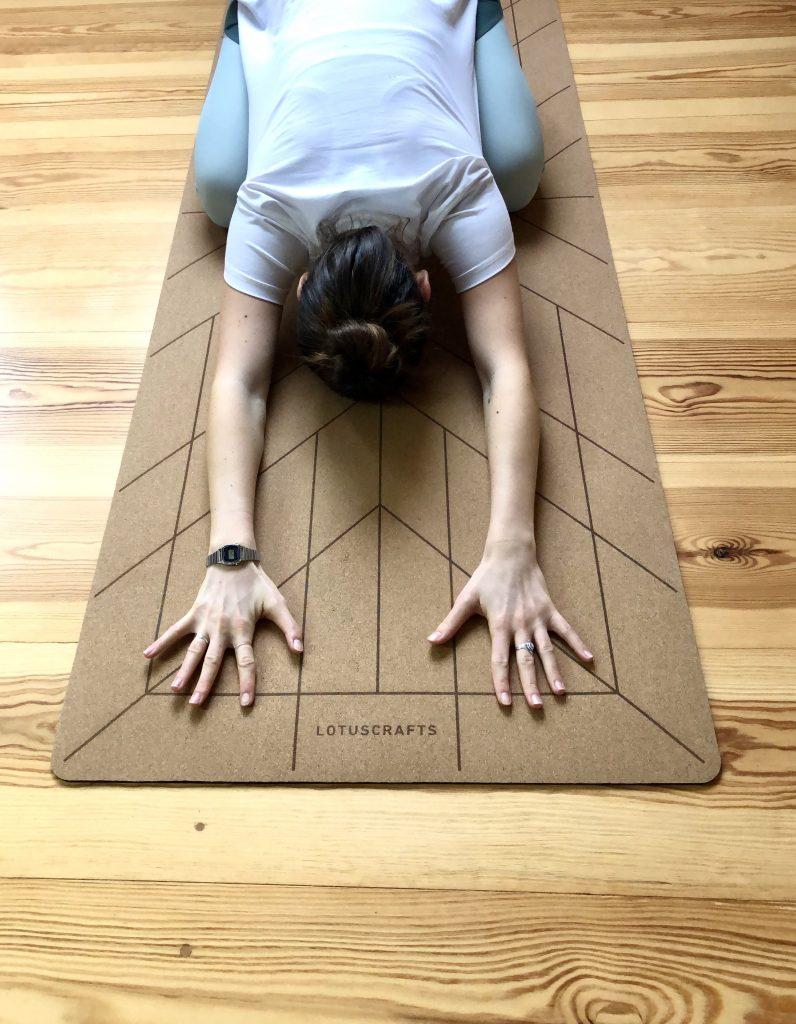 Lotuscrafts Cork Yogamatte – drei nachhaltige Yogamatten im Vergleich. Welche Yogamatte ist die Richtige?