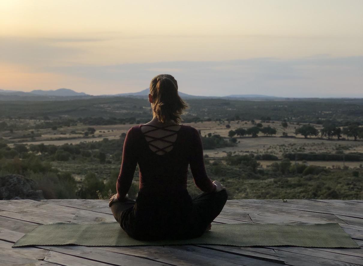 Yogalehrerin Anna vom Yogablog auf Yoga Retreat in Portugal